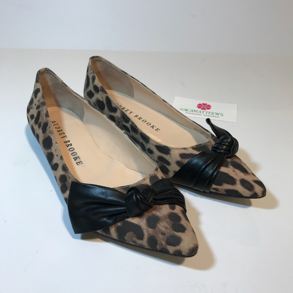 add5cc95c3b0e Audrey Brooke Shoes - AUDREY BROOKE Animal Print Ababbie Flats Size 6M